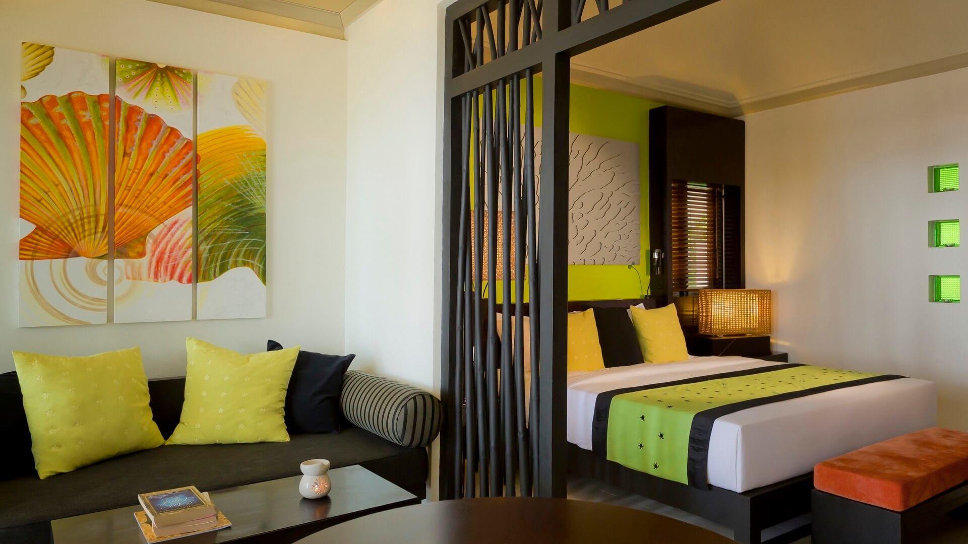 Angsana Ihuru Island Resort e Spa 4* - Vista all'interno di una camera con letto