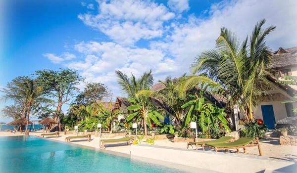 world-heritage-voyages-zanzibar-fun-beach-hotel-2